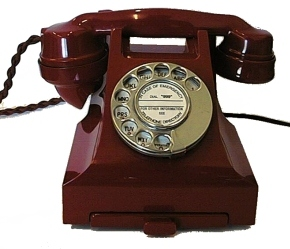 corded_phone_-_bakelite